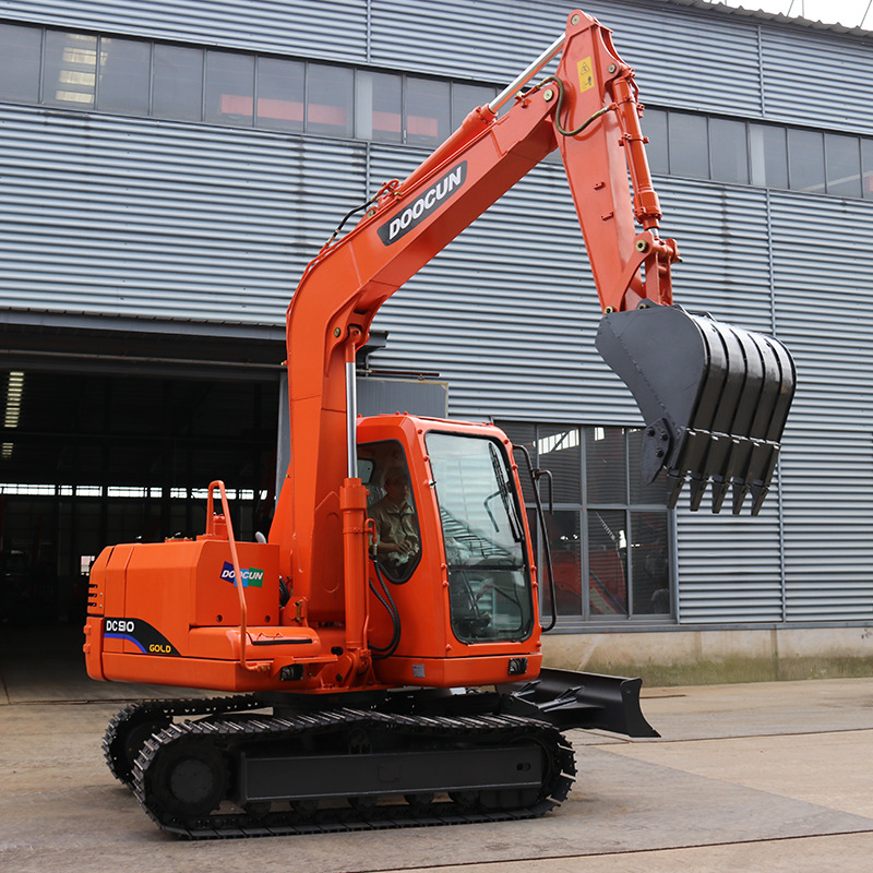 doosan-8-ton-digger-for-sale.jpg
