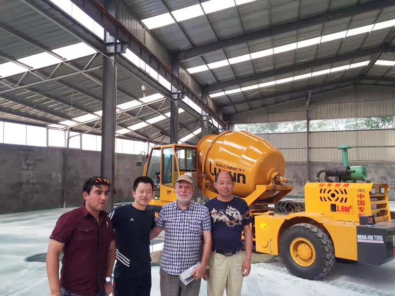 Tajikistan-customer-visiting-self-loading-concrete-mixer.jpg