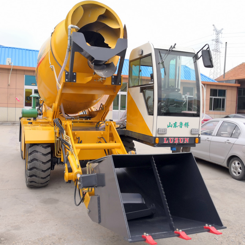 self-loading-concrete-mixer-for-sale-in-china.jpg