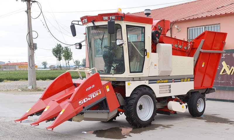 2-row-corn-harvesting-machine-for-sale.jpg